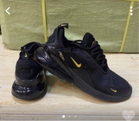 Used Nike Airmax 270 size 40 black/gold in Dubai, UAE
