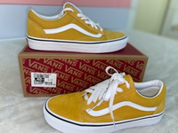 Used Original Yellow Vans shoes  in Dubai, UAE