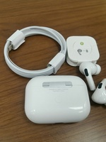 Used Apply AirPods pro Fast editors copy in Dubai, UAE