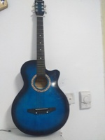 Used acoustic guitar in Dubai, UAE