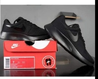 Used Nike airmax shoe, new, size 44 in Dubai, UAE