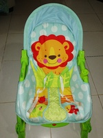 Used Baby Rocker - Height adjustable in Dubai, UAE