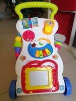 Used Baby walker with box in Dubai, UAE