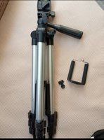 Used TRIPOD 3110 BEST QUALITY in Dubai, UAE