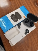 Used MI true wireless earbuds ORGINAL in Dubai, UAE