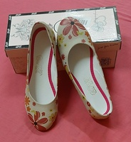Used Flat shoes for your princess ! in Dubai, UAE