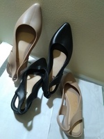 Used pointed Black slippers Black. in Dubai, UAE
