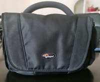 Used Lowepro camera bag in Dubai, UAE