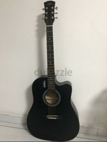 Used Mike black guitar in Dubai, UAE