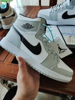 Used Nike air jordan shoe,size 43 in Dubai, UAE