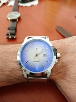 Used Metallic Quatz Watch New in Dubai, UAE