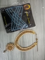 Used Choker and hair jewelry in Dubai, UAE