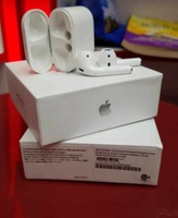 Used airpod (2nd generation) in Dubai, UAE
