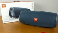 Used Charge 4 speakers jbl ONLY in Dubai, UAE