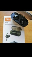 Used JBL TWS4 WIRELESS EARPHONES TRULY NEW🎀 in Dubai, UAE