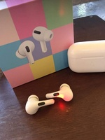 Used WHITE COLOR AIRPOD PRO WIRELESS in Dubai, UAE
