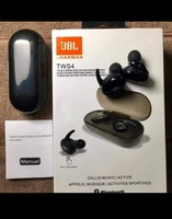 Used JBL WIRELESS EARPHONES WITH CASE NEW🧧 in Dubai, UAE