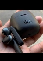 Used NEW JBL EARPHONES WIRLESS TUNE 220📢 in Dubai, UAE