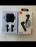 Used JBL TUNE 220 AIRPODS BRAND NEW DEAL🎄 in Dubai, UAE