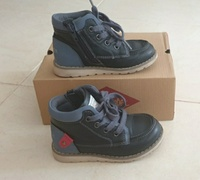 Used Lee cooper kids shoes size 25EU in Dubai, UAE