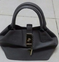 Used PURE LEATHER HAND BAG in Dubai, UAE