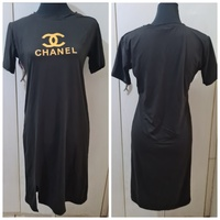 Used Brand new long dress Chanel logo size M. in Dubai, UAE