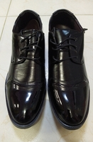 Used Mens leather shoes👞2 pairs black color in Dubai, UAE