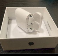 Used AIRPORD 2 NICE DEALS WITH THE 🍎🍎🍎 in Dubai, UAE