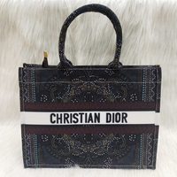 Used CHRISTIAN DIOR LADIES BAGS in Dubai, UAE