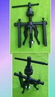 Used Three jaw bearing puller in Dubai, UAE