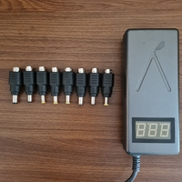 Used Laptop Auto Output from 15 to 24v in Dubai, UAE