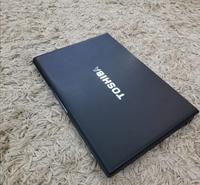 Used Toshiba Laptop - i7 Series Slim i7 2nd g in Dubai, UAE