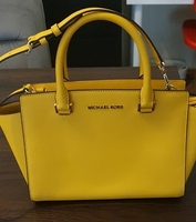 Used Michael kors selma in Dubai, UAE