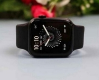 Used HW 22 SMARTWATCH MAKE A AMAZING DEAL in Dubai, UAE