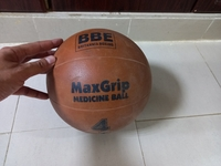 Used Medicine / training ball in Dubai, UAE