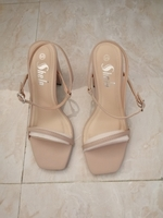 Used Apricot chunky heel sandals (new) in Dubai, UAE