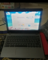 Used Acer Chromebook c720. in Dubai, UAE