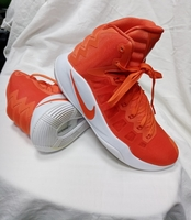 Used NIKE HYPERDUNK SHOES in Dubai, UAE