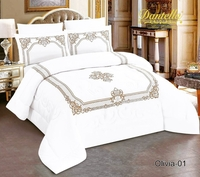 Used 100% cotton 6 pcs comforter Set in Dubai, UAE