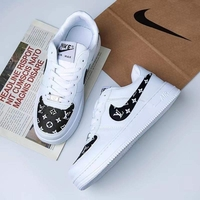 Used Nike airforce 1,size 43(sizes 36 to 44) in Dubai, UAE