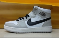 Used Nike air jordan,size 43(sizes 36-44) in Dubai, UAE