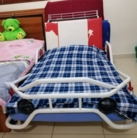 Used Children bed with a new medical mattress in Dubai, UAE