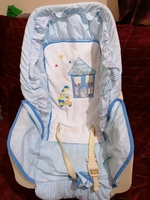 Used Baby car seat and chair, cloth in Dubai, UAE