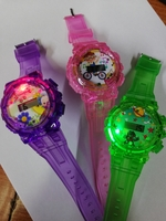 Used Kids watch with led light and music  3pc in Dubai, UAE
