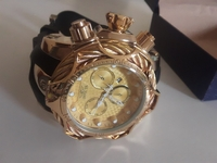 Used Mens leisure watch gold and black in Dubai, UAE