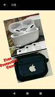 Used Apple airpods pro3 with free case cover in Dubai, UAE