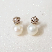 Used 10K Solid Gold Pearl with CZ Earrings in Dubai, UAE