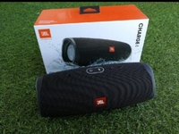 Used CHARGE 4 LOUD BASS PARTY SPEAKER in Dubai, UAE