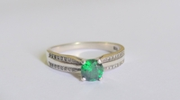 Used Sterling Silver Ring with Green Stone in Dubai, UAE