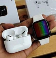 Used APPLE W26+ WITH AIRPODS PRO NEW PACKED G in Dubai, UAE